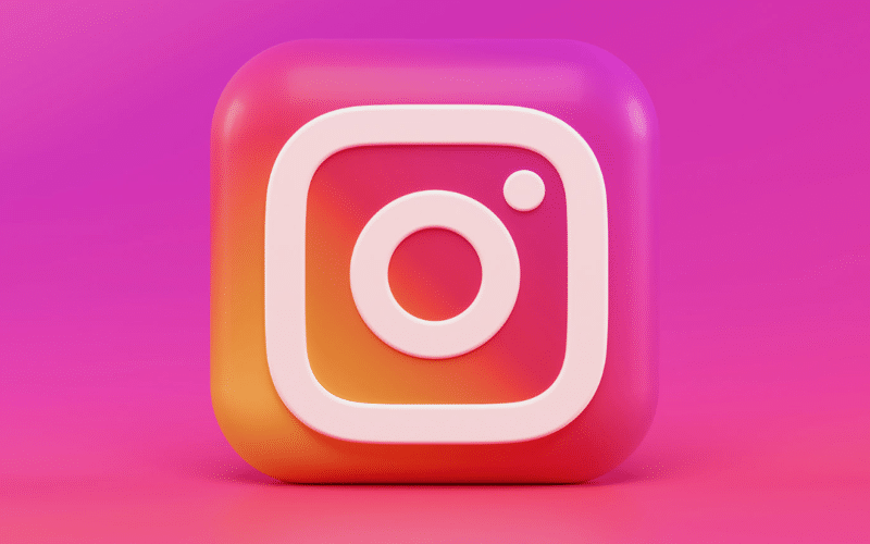 In a new development in the ongoing legal saga over photo embedding, Instagram has been hit with a class action lawsuit. Do the plaintiffs have a case?